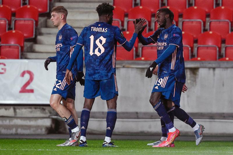 Dự Europa lần thứ 4, Arsenal thắng trắng Slavia 4 bàn, lọt vào vòng 4 đội mạnh nhất trong tháng 4